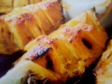 ananas z lukrem o smaku imbirowym