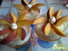 Ananasowo-brzoskwiniowy deser