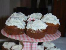 Ananasowo-daktylowe muffiny