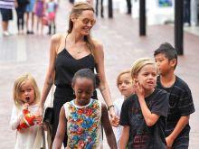 Angelina Jolie poleca robaki