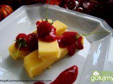 Anyżowa polenta z sosem malinowym