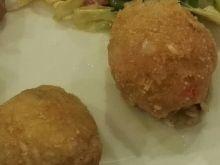 Arancini z pastą bazyliowo-serową