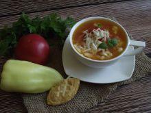 Aromatyczna pomidorowa z białą papryką i oscypkiem