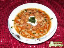 Aromatyczna zupa pomidorowa z kurczakiem