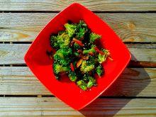 Aromatyczne brokuły w stylu azjatyckim