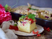 Babcine ciasto drożdżowe z porzeczkami