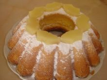 Babeczka ananasowa