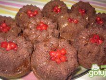 babeczki czekoladowe z porzeczkami