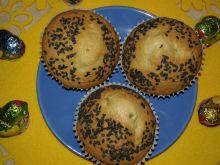 Babeczki majonezowe z żurawiną i czarnym sezamem