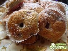Babeczki muffinkowe z wiśniami.