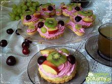 Babeczki po francusku z owocami