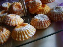 Babeczki z ciasta serowego