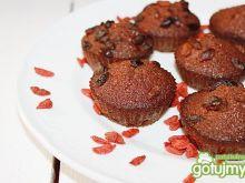 Babeczki z jagodami goji i orzechami