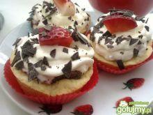 Babeczki z truskawkami i mascarpone