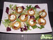 Babeczki z twarożkiem i warzywakmi
