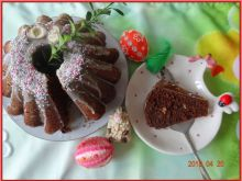 Babka czekoladowa z kokosową polewą