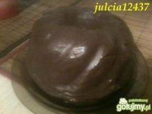 Babka czekoladowa z polewą kakaową