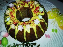 Babka orzechowo-czekoladowa z jabłkami