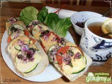 Bagietka z warzywami i serem