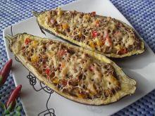 Bakłażan faszerowany mięsem mielonym i papryką