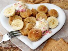 Banan w panierce herbatnikowej (na ciepło)