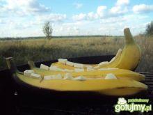 Banany z białą czekoladą - z grilla