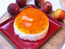 Bardzo brzoskwiniowy sernik na zimno