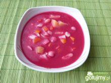 Barszcz czerwony z fasolą i warzywami