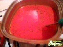 Barszczyk czerwony ze śmietaną