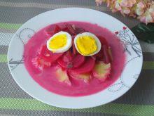 Barszczyk z botwinki z jajkiem i ziemniakami