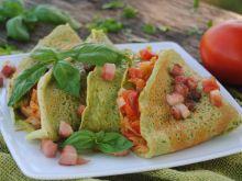 Bazyliowe naleśniki z pomidorem