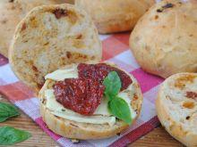 Bazyliowo-pomidorowe bułeczki
