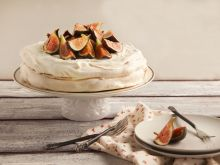Beza francuska na Tort Pawłowej