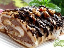 Bezowa roladka lodowa i czekoladowa