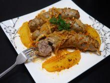Biała kiełbasa pieczona z ziemniakami
