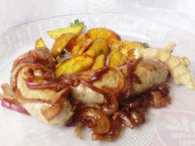 Biała kiełbasa z imbirem i karmelizowaną cebulą