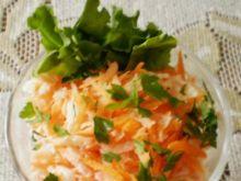 Biała rzodkiew z marchewką :
