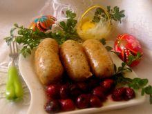 Biała z wiśniami , kolorowym pieprzem i rozmarynem