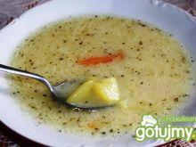 Biała zupa z warzywami