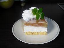 Biszkopt jogurtowo-rabarbarowy