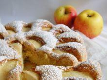 Biszkopt z jabłkami