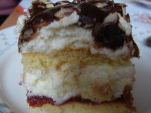 Ciasto biszkoptowe z masą i marmoladą