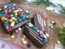 Blok czekoladowy z cukierkami i herbatnikami