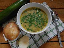 Błyskawiczna zupa cukiniowo-pieczarkowa