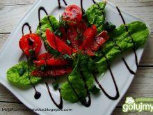 Boćwina z grejpfrutem i pomidorkami