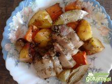 Boczek pieczony z warzywami