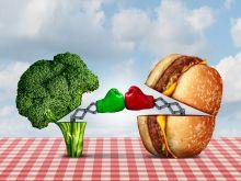 Jak wygląda 200 kalorii – śmieciowe vs. zdrowe jedzenie