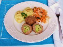 Brokuł otulony mielonym mięsem