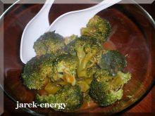 Brokuł w sosie pieprzowym