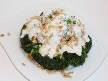 Brokuł w sosie jogurtowym